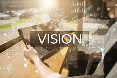 рука принципиальной схемы коммерсантки 3d указывая слово зрения Дело, интернет и концепция технологии Стоковые Фото