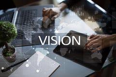 рука принципиальной схемы коммерсантки 3d указывая слово зрения Дело, интернет и концепция технологии стоковые изображения