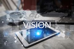 рука принципиальной схемы коммерсантки 3d указывая слово зрения Дело, интернет и концепция технологии Стоковое Изображение