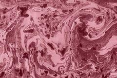 Рука текстуры мрамора Suminagashi покрашенная с пинком стоковая фотография