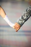 рука groom невесты Стоковая Фотография RF