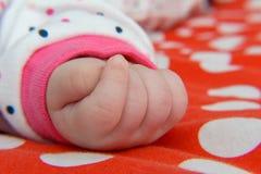 рука newborn стоковое фото