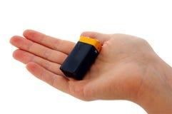 рука pp3 батареи 9v Стоковые Изображения