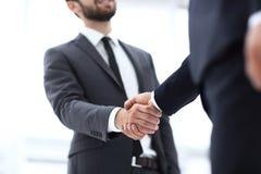 руки бизнесмена трястия 2 Стоковая Фотография