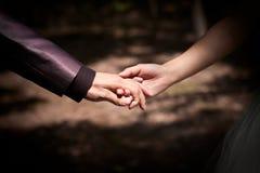 Руки венчания Стоковая Фотография