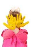 руки девушки цвета держат покрашено которые желтеют стоковые фотографии rf