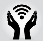 Руки держа вектор символа значка Wifi иллюстрация штока
