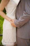 руки держа женщину человека Стоковое Изображение RF