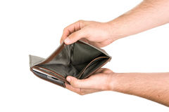 Руки держа открытый мужской бумажник Стоковая Фотография