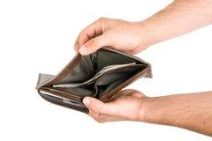 Руки держа открытый мужской бумажник Стоковое Фото