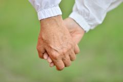 Руки, который держат совместно Стоковая Фотография RF