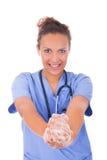 Руки медсестры детенышей моя с мылом стоковая фотография rf