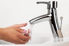руки мылят мыть Стоковая Фотография