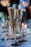 Руки невесты высекаенные хной Стоковые Изображения RF