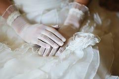 Руки невесты Стоковое Фото
