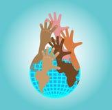 Руки достигают вверх от глобуса иллюстрация вектора