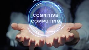 Руки показывают круглому hologram когнитивный вычислять иллюстрация вектора