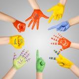 Руки покрашенных детей Стоковое Фото
