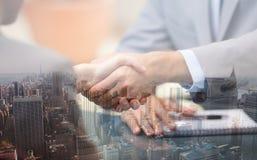 руки предпринимателей трястия 2 Стоковая Фотография RF
