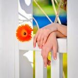 руки принципиальной схемы эмоциональные держа совместно женщину 2 Стоковое Изображение RF