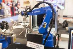 Руки промышленного робота Стоковые Фотографии RF