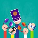 Руки собирают держать технологию Smartphone таблетки игрока прибора музыки современную Стоковые Изображения