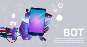 Руки средства болтовни используя телефон клетки умный, помощь робота виртуальная вебсайта или передвижные применения, искусственн Стоковые Изображения RF
