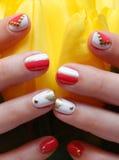 Руки с искусством ногтя Стоковое Изображение RF