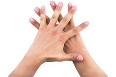 Руки человека показывая 5 отсчет одно дальше, концепция сыгранности стоковое изображение rf