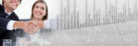 Рукопожатие дела с серым переходом диаграммы финансов Стоковая Фотография RF