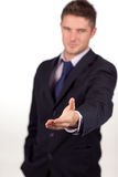 рукопожатие камеры бизнесмена показывая к Стоковые Фотографии RF