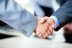 рукопожатие предпринимателей Стоковые Фотографии RF