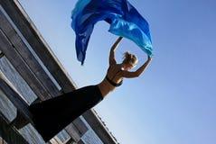 рукоятки стыкуют вверх по женщине Стоковое Изображение RF
