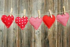 5 рук-зашитых сердец Стоковые Изображения