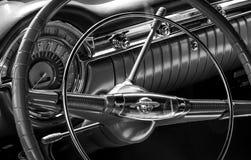 рулевое колесо автомобиля классицистическое Стоковые Изображения
