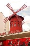 Румян Париж внешняя Франция Moulin, красная ветрянка стоковые изображения