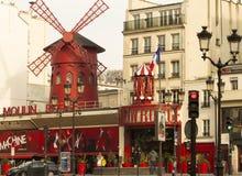 Румян Moulin кабара, Париж, Франция стоковое изображение