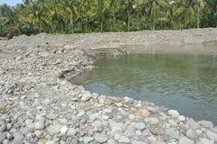 Русло реки реки Mal, Matanao, Davao del Sur, Филиппин стоковое фото rf
