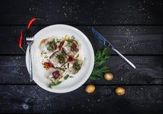 Русская закуска от посоленных сельдей, картошек и огурцов Стоковая Фотография