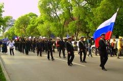 Русские моряки на параде Стоковая Фотография