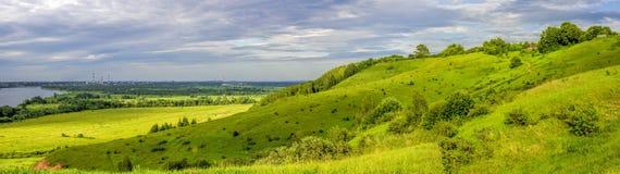 Русский ландшафт На заходе солнца Область Nizhny Novgorod, Россия Стоковые Изображения