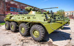 Русский бронетранспортер бронированного корабля армии катят BTR-82, который стоковые изображения
