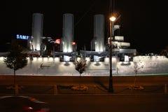 Русский рассвет в ноче, Санкт-Петербург крейсера Стоковая Фотография RF
