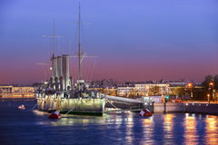 Русский рассвет крейсера - русский защитил крейсер на ноче, Sai Стоковые Изображения RF
