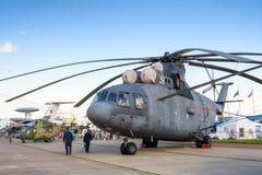 Русский тяжелый вертолет Mi-26 перехода Стоковое фото RF