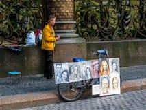 Русский художник улицы стоковое изображение rf