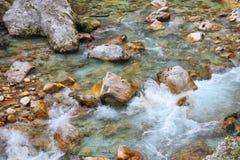 Русло реки в ущелье Tolmin, Словении Стоковое Фото