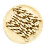 Ручка вафли на деревянном блюде изолированном на белизне Стоковая Фотография RF