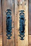ручка двери передвигает с помощью рукоятки деревенское стоковые изображения rf
