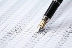 Ручка на числах Стоковое фото RF